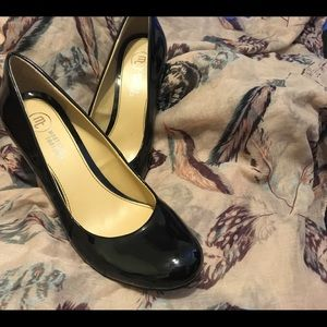 66d59f44417 Mootsies Tootsies Shoes for Women | Poshmark